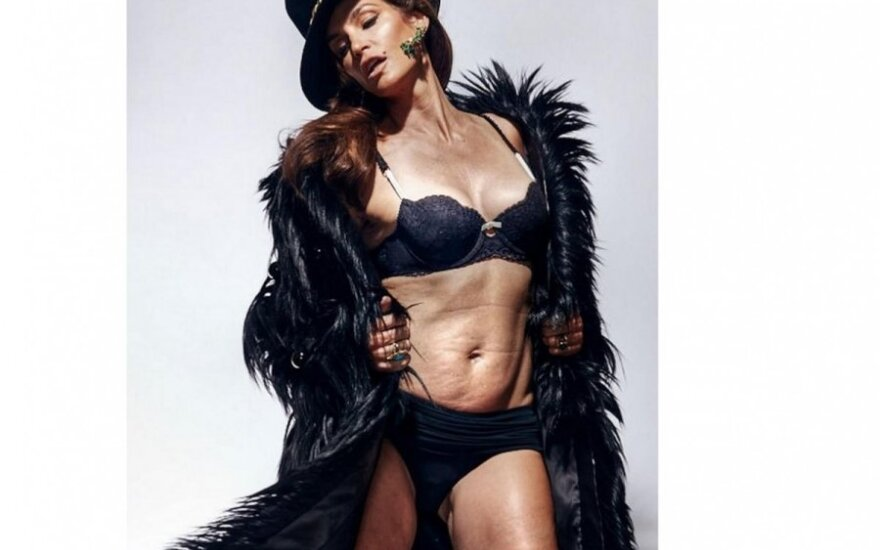 """Cindy Crawford (""""Marie Clair"""" nuotr.)"""