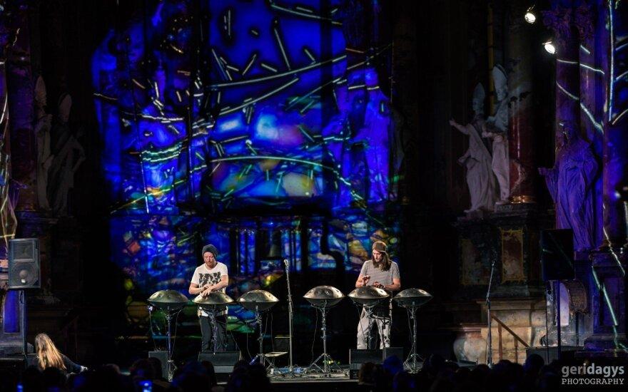 Hang Massive koncertas