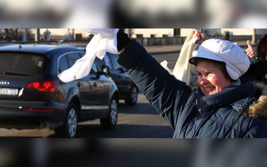 """Maskvoje – žygis automobiliais """"Už sąžiningus rinkimus"""""""