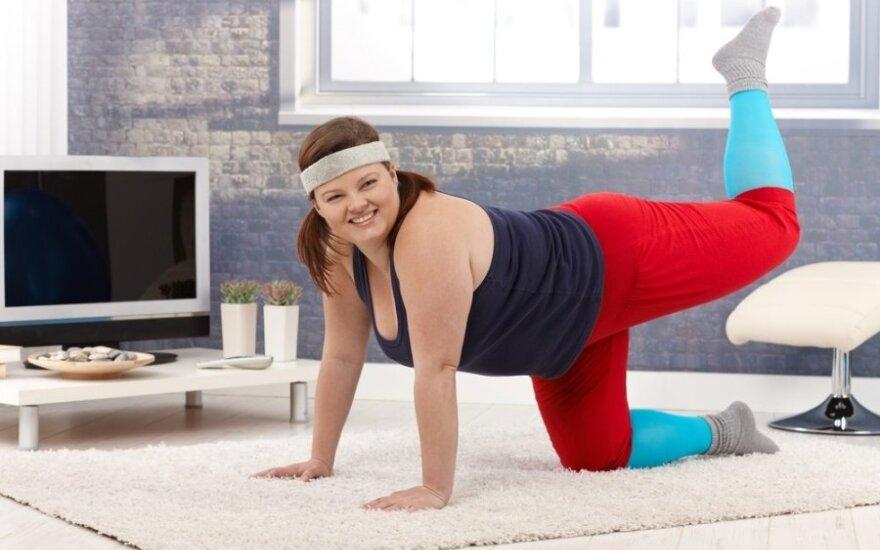 Nenuobodžios 10 minučių treniruotės, kurias galite atlikti namuose