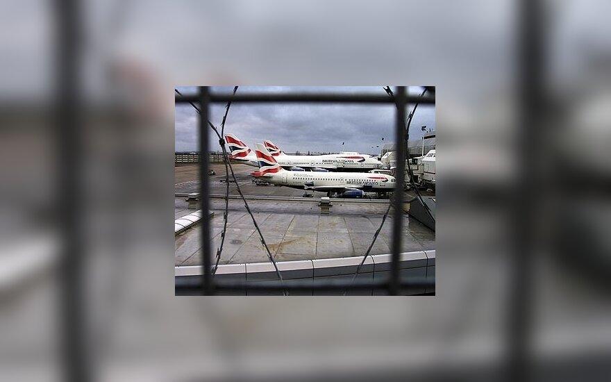 Britų vyriausybė pritarė Londono Hitrou oro uosto plėtrai