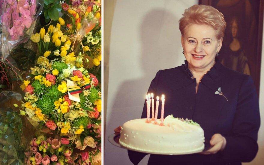 Dovanos Daliai Grybauskaitei