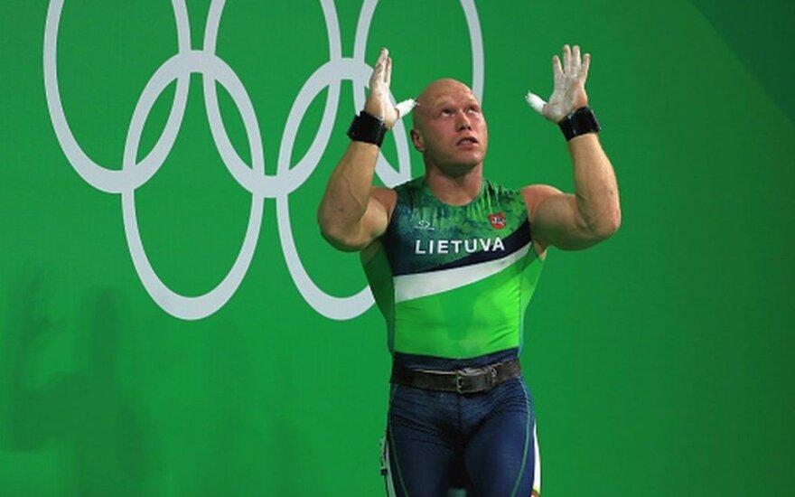 Be lyderio Didžbalio likę Lietuvos sunkiaatlečiai pasaulio čempionate lieka toli nuo medalių