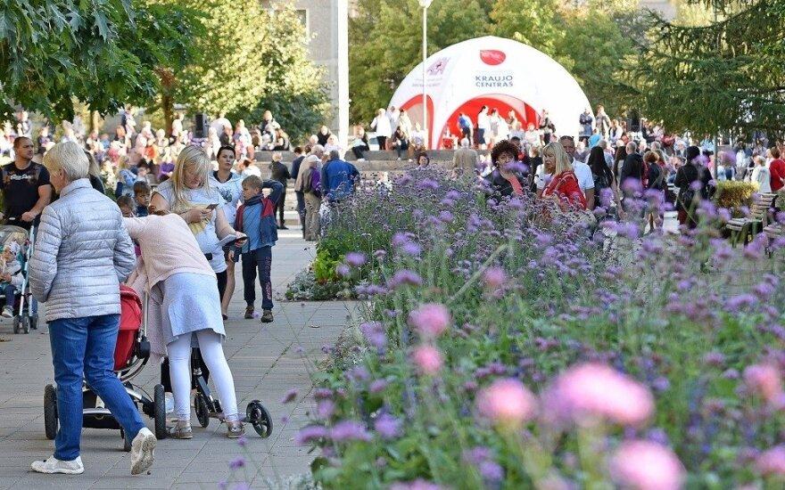 Justiniškėse įvyko Sigito Gedos alėjos atidarymas: renginio akimirkos