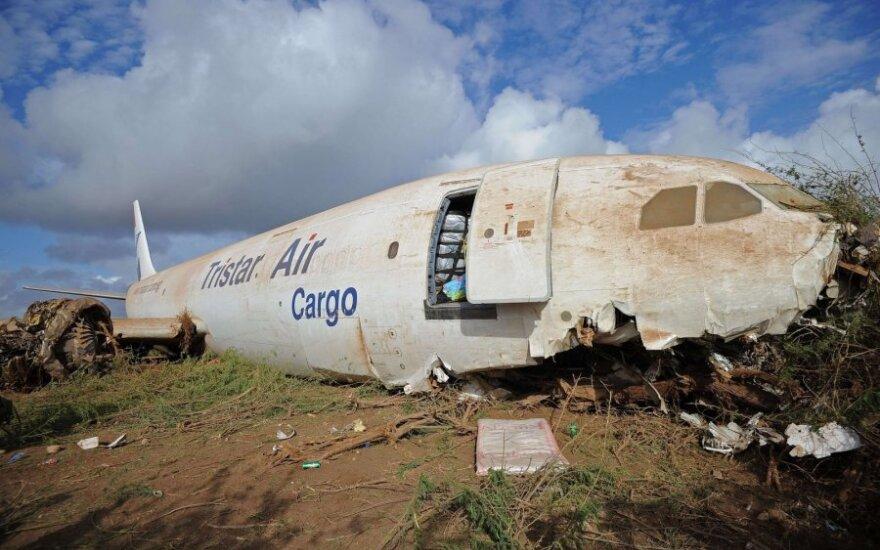 Somalyje nukrito krovininis lėktuvas