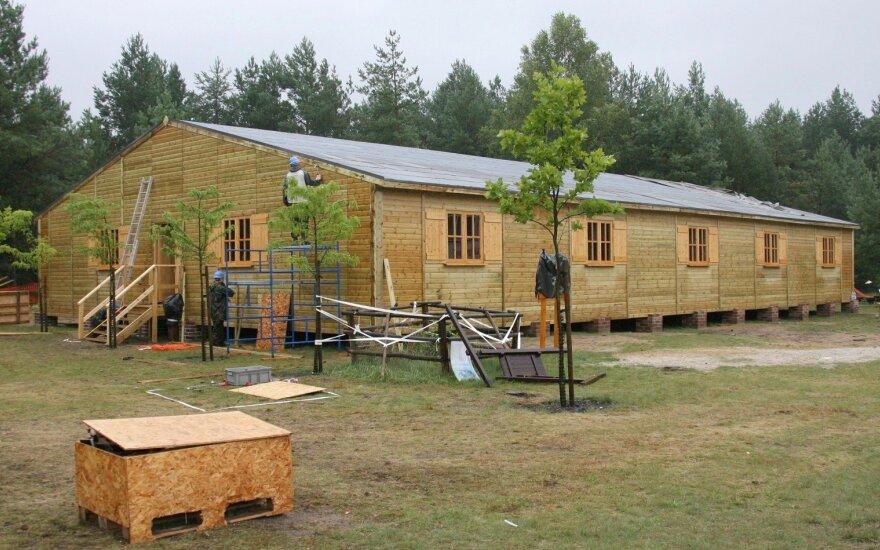 """""""Stalag Luft III"""" stovyklos rekonstrukcija"""