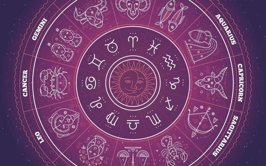 Astrologės Lolitos prognozė kovo 7 d.: netikėtų galimybių diena
