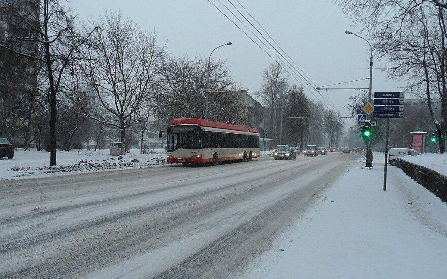 Pietų Lietuvos keliuose yra slidžių ruožų