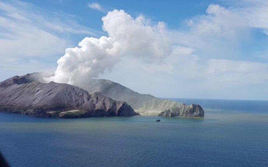 Naujojoje Zelandijoje ugnikalnio išsiveržimo aukų padidėjo iki 21