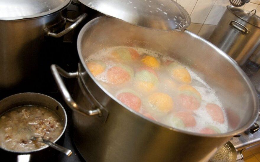 Įsižeidė negalėję paragauti tradicinių lietuviškų patiekalų