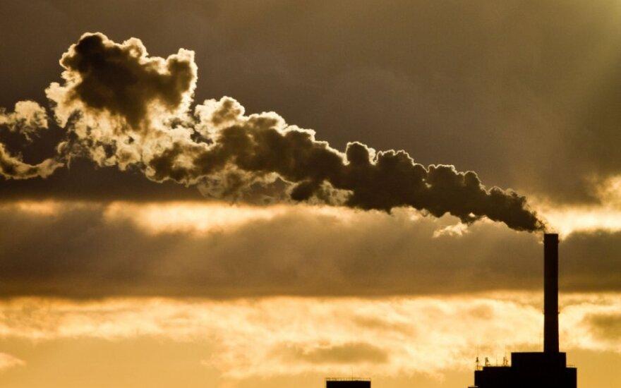 Šildymas kainavo 19 proc. daugiau, gyventojams prognozuojamos skolos