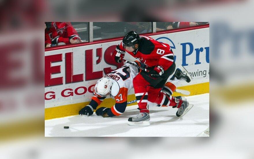 """D.Zubraus """"Devils"""" klubas pakilo į antrąją vietą NHL Rytų konferencijoje"""