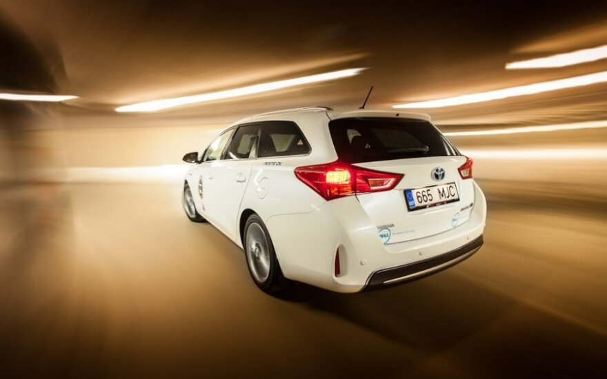 Toyota Auris (po)