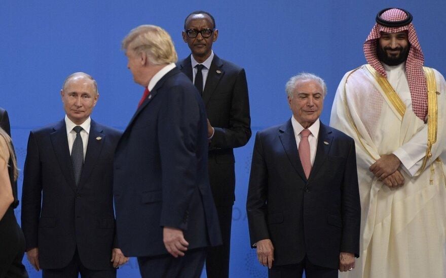 Putinas perspėjo dėl JAV planų trauktis iš branduolinio ginklavimosi sutarties grėsmės