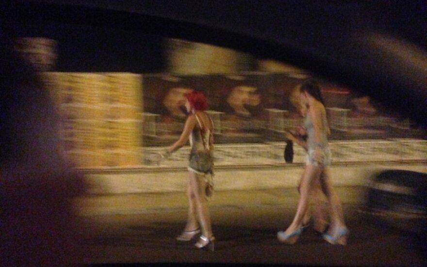 Klaipėdos prostitutės papasakojo, iš ko atpažįsta, ar klientas tikras