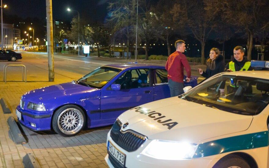 Deividą Taraskevičių policija kaltina nepaklusimu reikalavimui sustoti.