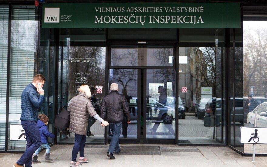 Mokesčių inspekcija atidėjo gyventojus papiktinusį reikalavimą