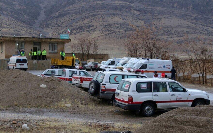 Irano universiteto teritorijoje per autobuso avariją žuvo 10 žmonių