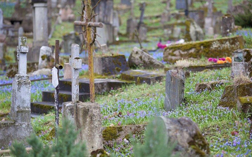 1863-1864 metų sukilėlius perlaidoti siūloma Bernardinų arba Rasų kapinėse Vilniuje