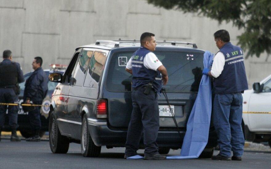 Meksikoje rasti žmonių lavonai