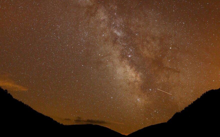 Sekmadienio naktį – įspūdingas dangaus reginys