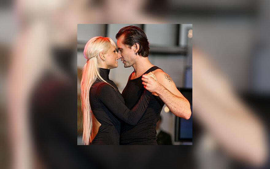 Alanas Chošnau su šokių partnere