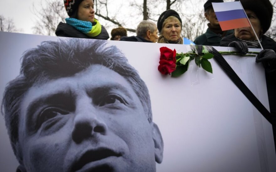 EP demands international probe into Nemtsov's murder