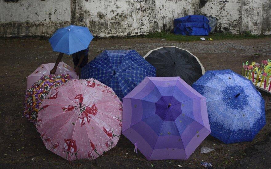 Šiaurės Indijoje audros nusinešė mažiausiai 47 gyvybes
