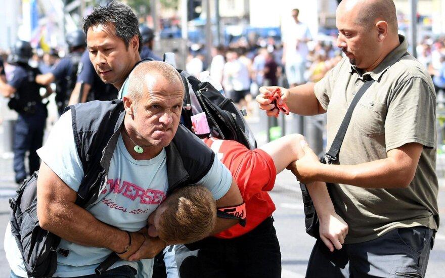 Keturiems asmenims pateikti įtarimai po etninių neramumų Prancūzijoje