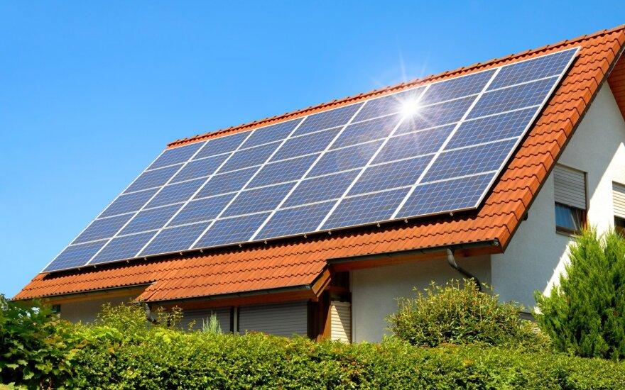 Išsimokėtinai perkantiems saulės elektrinę – valstybės parama