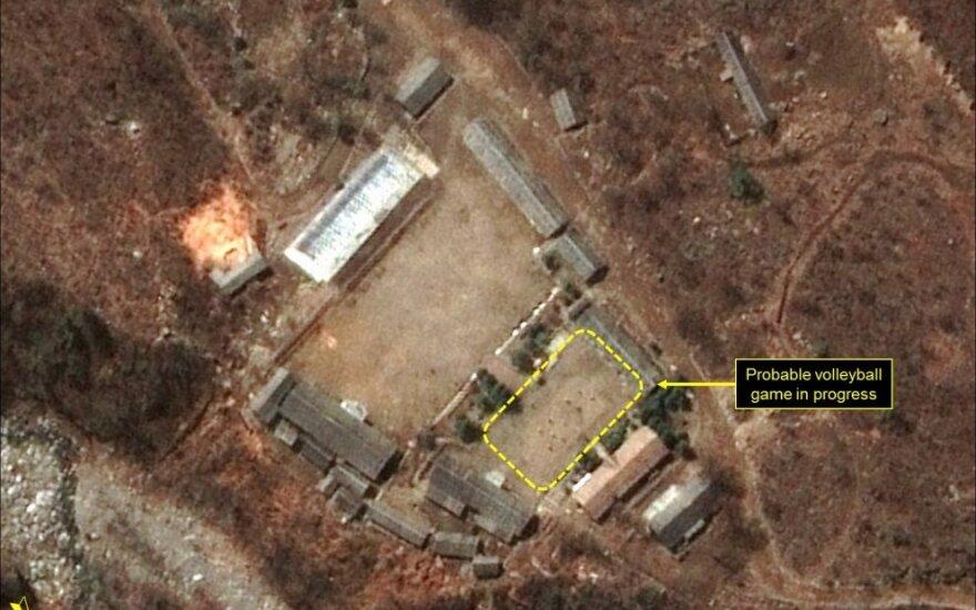 Šiaurės Korėjoje branduolinių bandymų vietoje - neįprastas radinys