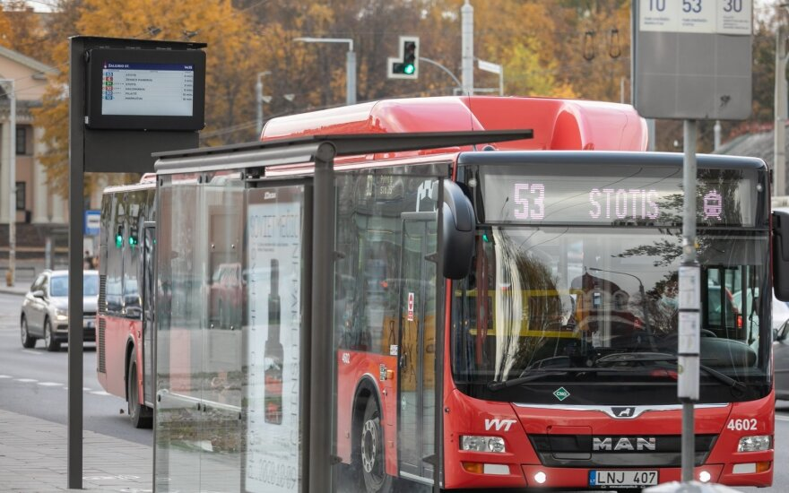 Vilniuje ribos keliones viešuoju transportu: retina autobusų ir troleibusų grafikus