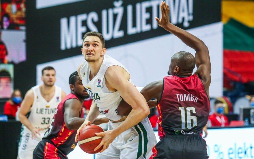 """Padarė išvadas: FIBA """"burbulą"""" Lietuvos rinktinė uždarė pergale prieš belgus"""