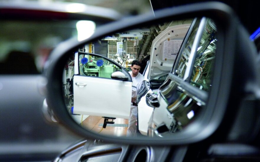Automobilių gamyba, gamykla