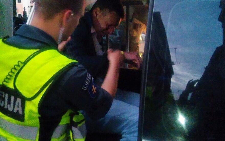 Muštynes nutraukė policija (Asociatyvi nuotrauka)