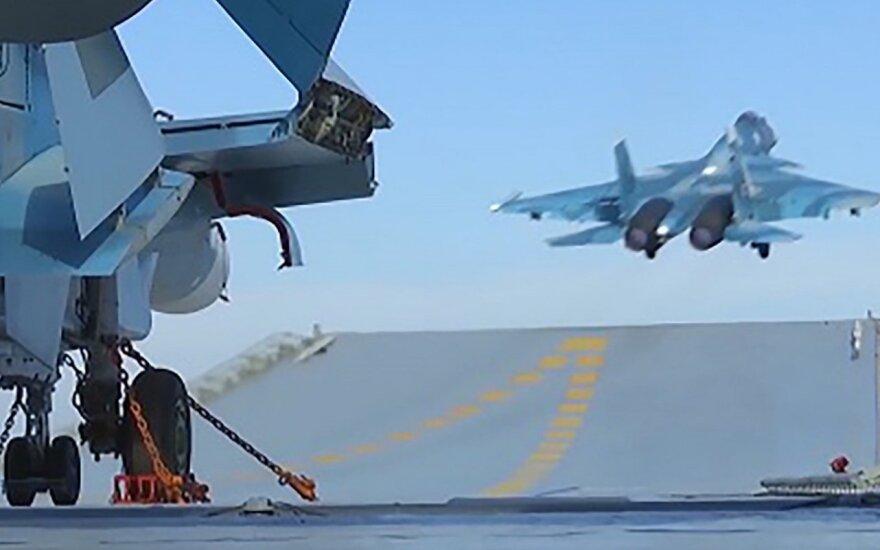 Rusija pranešė dislokuojanti savo pajėgas saugumo zonoms Sirijoje stebėti