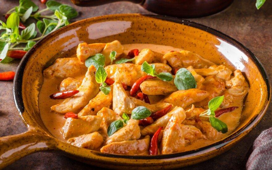 """Šiek tiek egzotikos: indiška vištiena """"Tikka masala"""""""