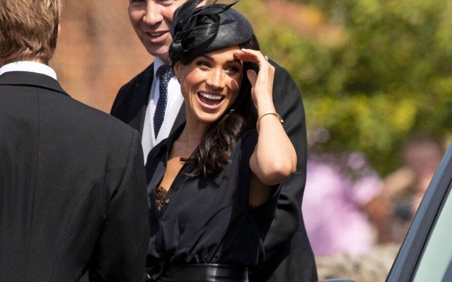 Meghan Markle ir princas Harry dalyvauja draugo vestuvėse