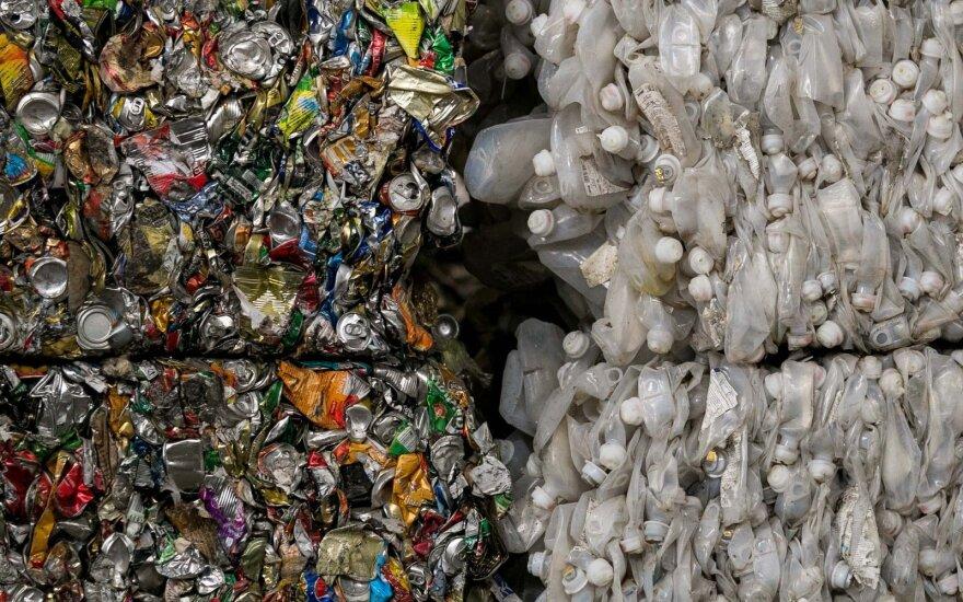 Deginimo jėgainės verčia priešintis atliekų perdirbimui?