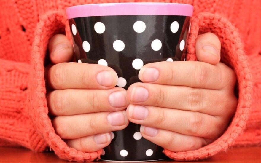 Nuolat šąlančios rankos gali būti ir vienos ligos simptomas