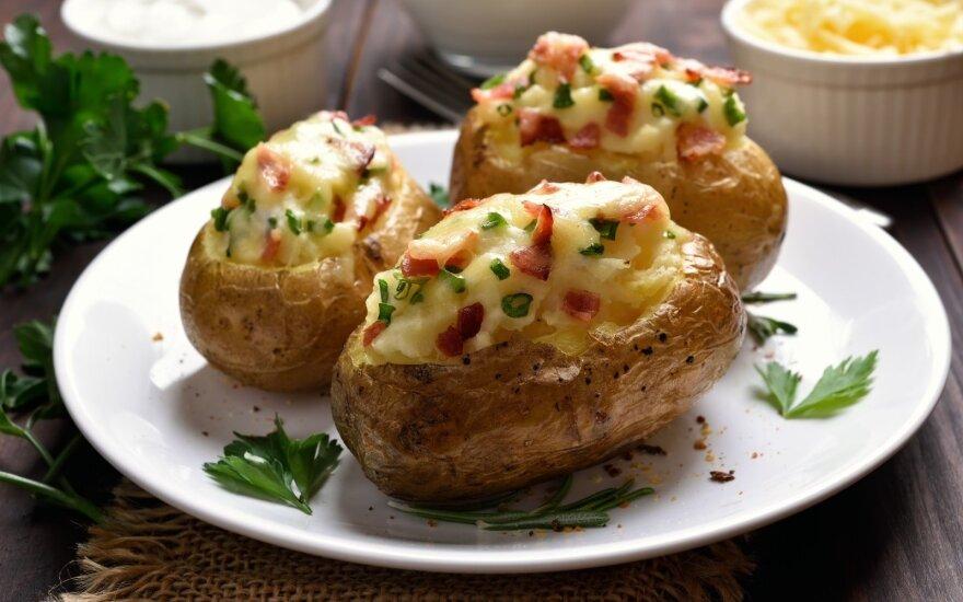Nuostabios keptos bulvės su šonine