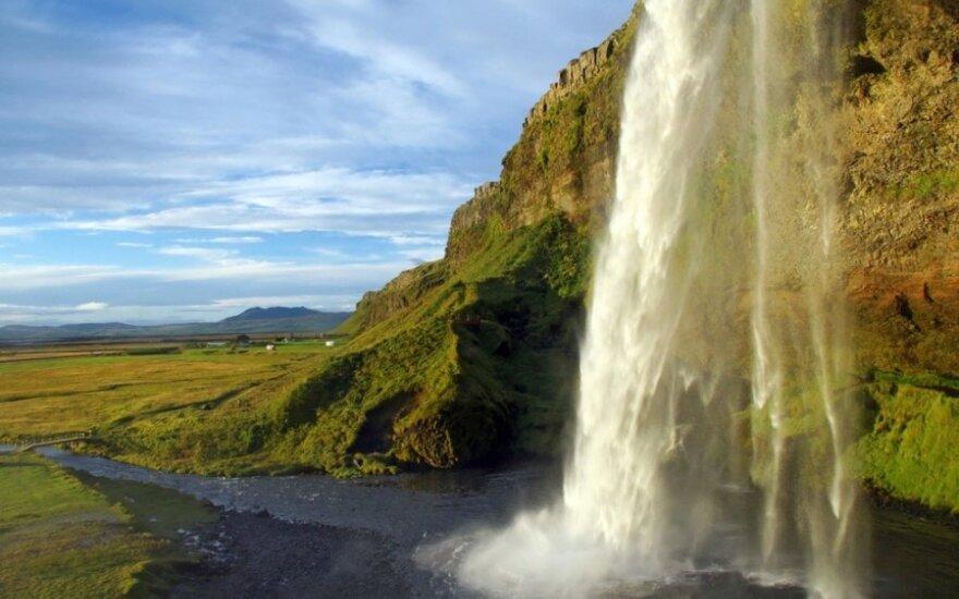 Svajonė - apkabinti savo brangiausius Islandijoje