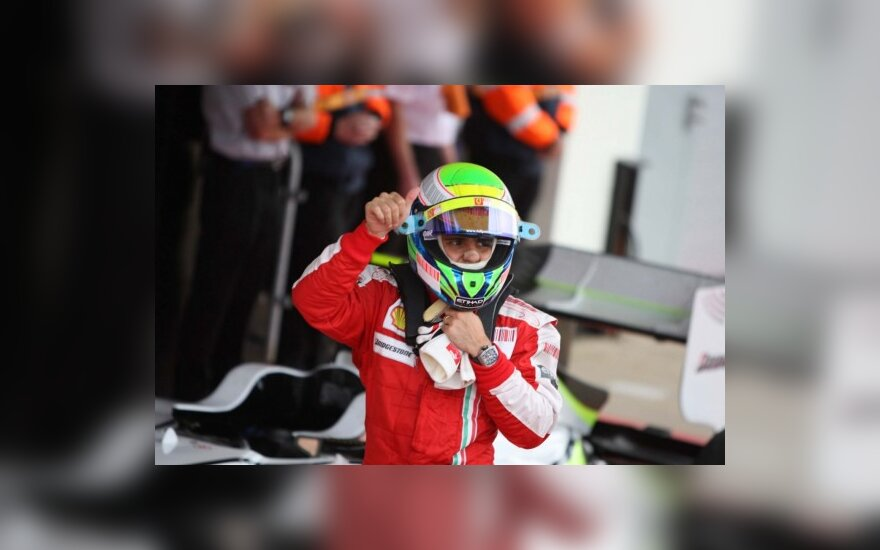B.Ecclestone'as: brazilas F.Massa nenusileis ispanui F.Alonso