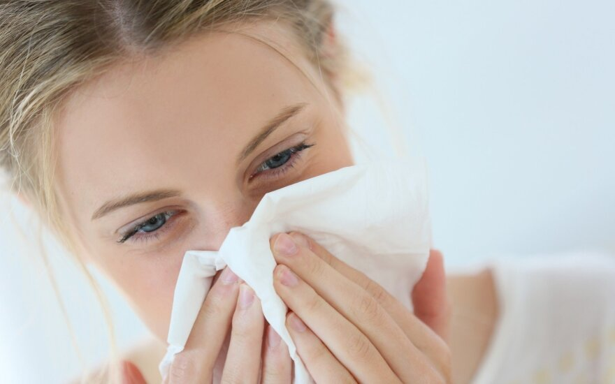 Jei manote, kad peršalote, nebūtinai taip yra: specialistai pataria, kaip nesuklysti