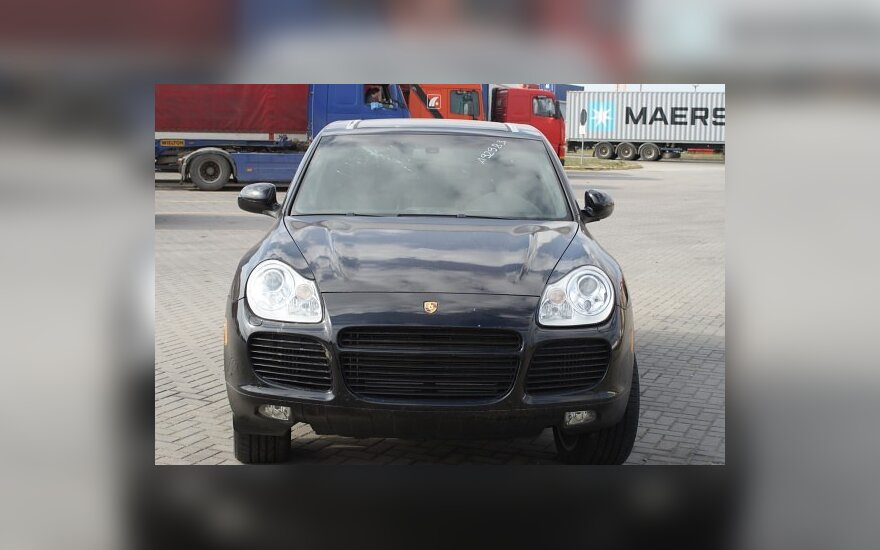 "Klaipėdoje sulaikytas vogtas prabangus ""Porsche"""