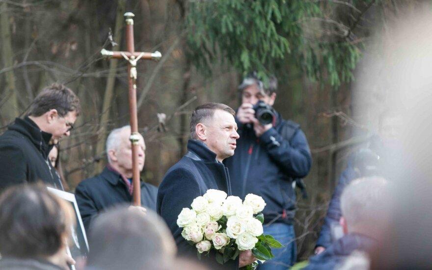 Arūnas Storpirštis atgulė amžino poilsio Menininkų kalnelyje