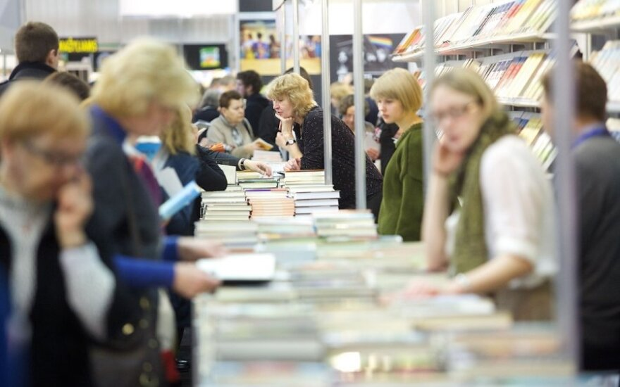 Polish journalists' book about Lithuania presented at Warsaw Book Fair