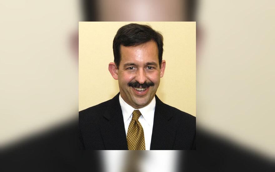 JAV ambasadorius Stephenas Mullas