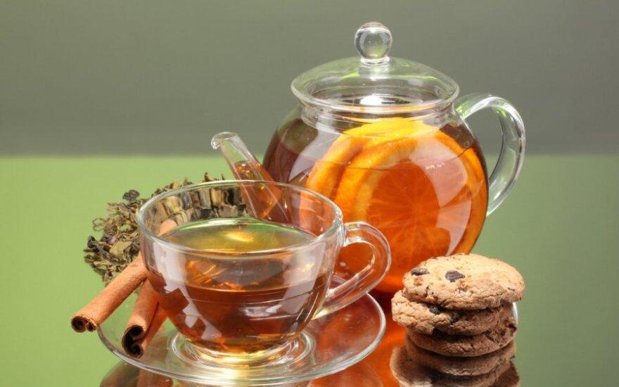 Kiniškoje juodojoje arbatoje rado pesticidų