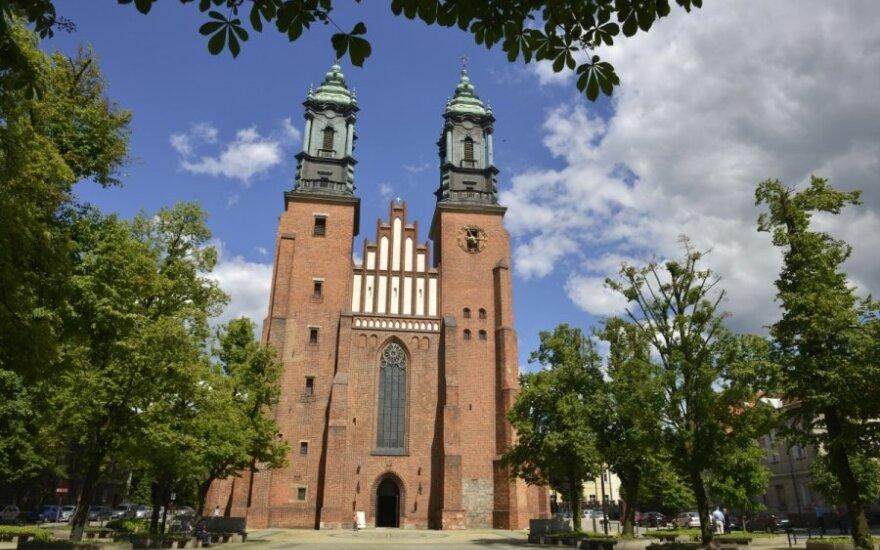 Petro ir Povilo bazilika (Poznanės katedra), Lenkija